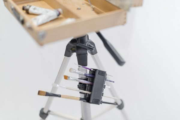 Brush Grip Mounted Tripod Pochade
